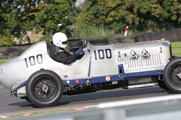 the vintage sports car club race meeting at s terton sunday 29